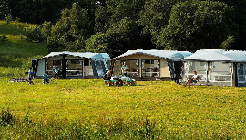 Camping charmant à Verteuil d'Agenais