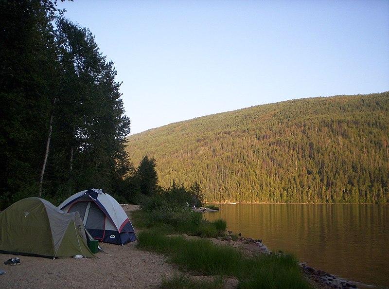 Camping des deux lacs à Beauville