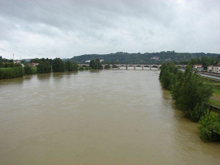 Où se rejoignent le Lot et la Garonne ?