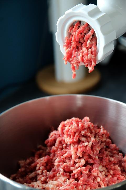 Quels sont les avantages du hachoir à viande électrique ?